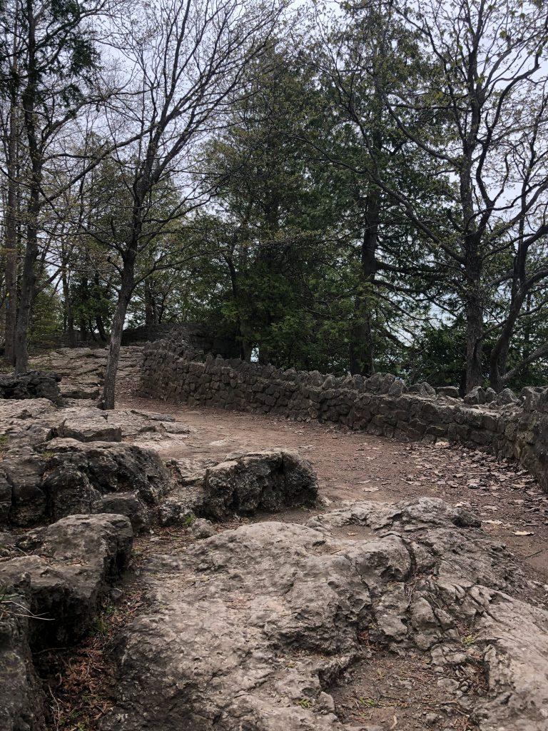 Hiking Rattlesnake Point